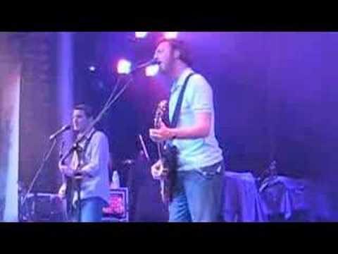 Guster - Ramona (live on Ships & Dip) mp3
