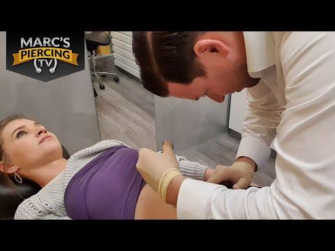 Unteres Bauchnabelpiercing Gepierct - Mega Selten!!! 💉 Marc's Piercing TV