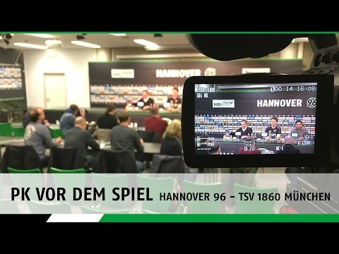 PK vor dem Spiel   Hannover 96 - TSV 1860 München