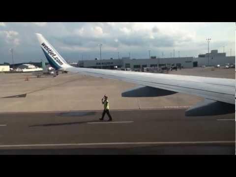 Takeoff from Hamilton Munro Airport (YHM) on WestJet 737