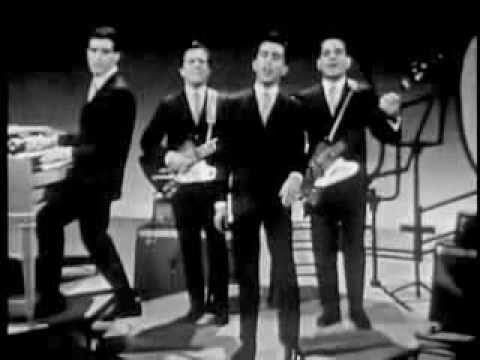 Frankie Valli  The Four Seasons Medley Sherry Walk Like A ManBig Girls Dont CryDawnRag