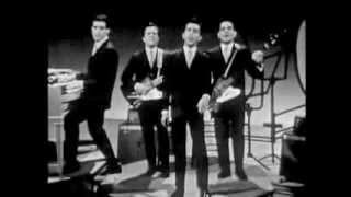 Frankie Valli & The Four Seasons (Medley) Sherry, Walk Like A Man,Big Girls Don