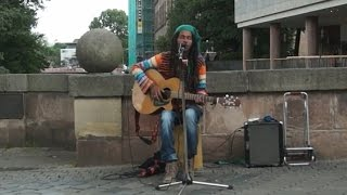 "AMAZING STREET SINGER/MUSICIAN - ""NO WOMAN, NO CRY"" (Reggae Cover)"