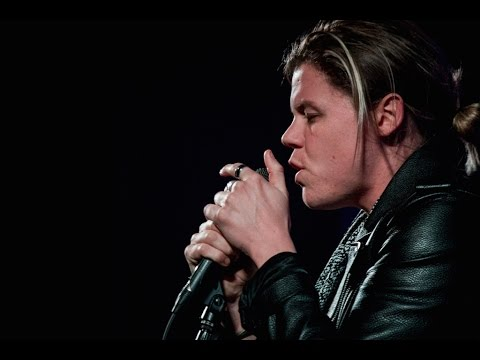 Conrad Sewell Interview With Stereo Champions @ Sixth & I Historic Synagogue
