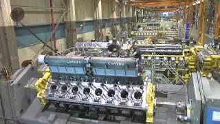 Производство двигателей Caterpillar.
