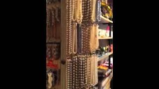 Магазин бижутерии (Рим)(, 2015-05-17T17:19:51.000Z)