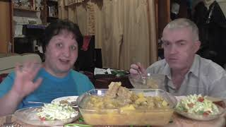 MUKBANG RUSSIA КАРТОШКА с РЁБРАМИ ПО_ФЛОТСКИ СВЕЖИЙ САЛАТ БОЛТАЕМ ОТВЕЧАЕМ ВСПОМИНАЕМ ДОМАШНЯЯ ЕДА