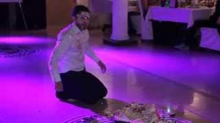 Сюрприз на свадьбе ^_^. Как уронить торт))