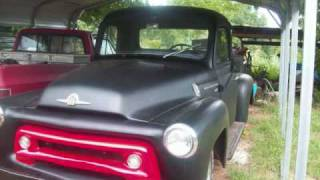 OUR COLLECTION OF INTERNATIONAL HARVESTER PICKUPS.wmv