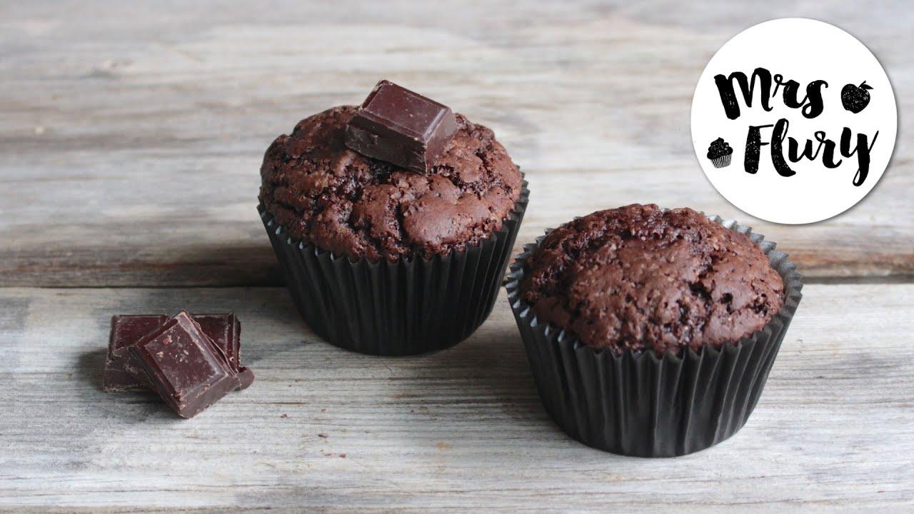 vegane schokoladen muffins super saftig und lecker vegan backen mit mrs flury youtube. Black Bedroom Furniture Sets. Home Design Ideas