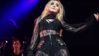 Sabrina Carpenter - No Words (De-Tour Live, Vancouver)