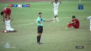 Những bình luận nghẹn ngào của BLV Quang Huy trong trận thua lịch sử trước Campuchia