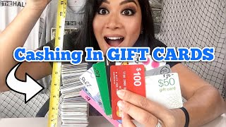 FOUND 200 GIFT CARDS | HOW MUCH MONEY DID WE GET Cashing In? / I Bought An Abandoned Storage Unit