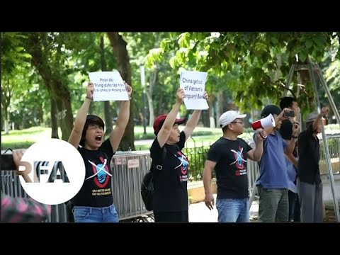 Activists Protest at Chinese Embassy in Hanoi | Radio Free Asia (RFA)
