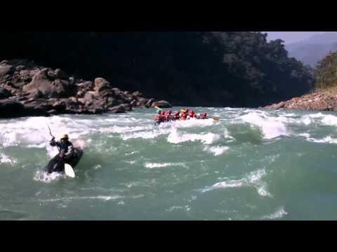 Rafting on Ganges - 'Club house' Rapid