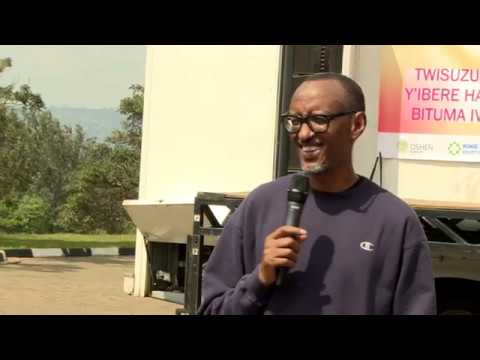President Kagame joins thousands of residents of Kigali for Car Free Day | Kigali, 21 October 2018