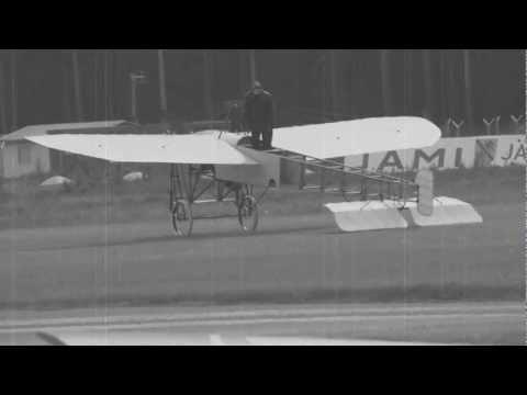 Blériot XI  1909  fly