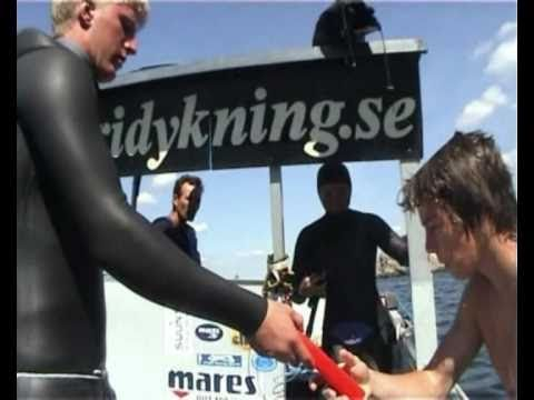 Annelie Pompe and her deep blue training dive in fjord Gullmarn