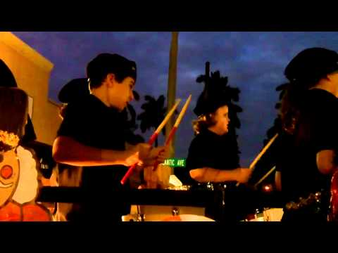 Banyan Creek Elementary School Drumline - 2011 Holiday parad