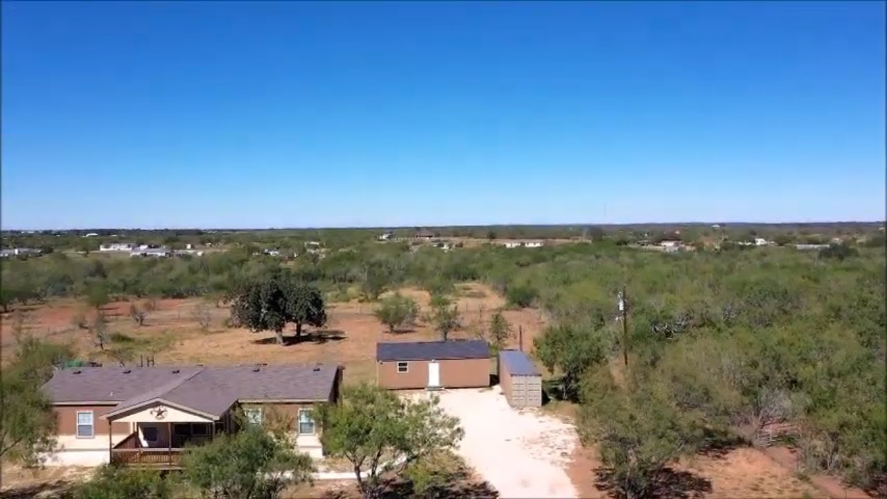 827 County Road 329, Floresville, TX  78114 Home for sale -- Sold