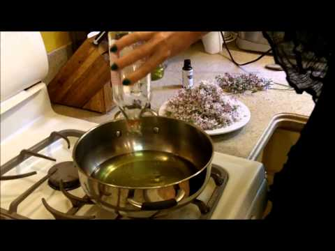 How to make cinnamon essential oil for candles