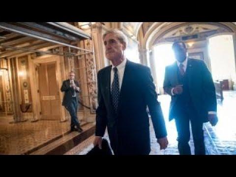 FBI director doesn't believe Mueller probe is a witch hunt