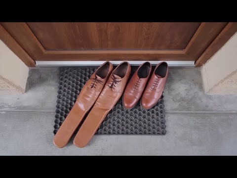 Would You Wear These Size 75 Shoes? | Coronavirus News For June 1, 2020