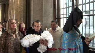 Профессиональная видеосъёмка крестин(Заказ профессиональной ФОТО/ВИДЕОСЪЁМКИ КРЕСТИН в Санкт-Петербурге можно сделать на сайте http://botsmanspb.ru..., 2013-04-30T06:23:25.000Z)