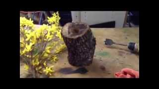 How To Make A Rustic Wood Vase.