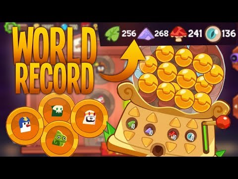BIGGEST COSTUME OPENING! | King of Thieves