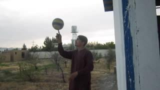 چرخ دادن Ball روی انگشت