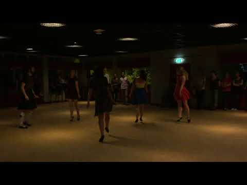 Taster Session 2016 Demonstration Glasgow University Scottish Country Dance Club
