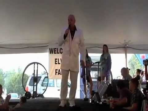 Elvis Tribute Artist Ricky O'boyd sings Burnin Love (video)