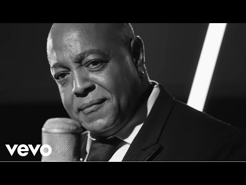 Peabo Bryson - Love Like Yours And Mine (1 Mic 1 Take)