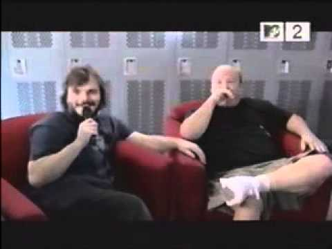 Tenacious D interviews Weezer (1 of 2) - YouTube