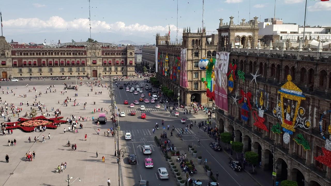 Paseo Por La Ciudad De México Vista Del Zócalo Desde El