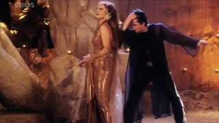 Naach Meri Jaan song - Mujhe Meri Biwi Se Bachaao - YouTube.flv