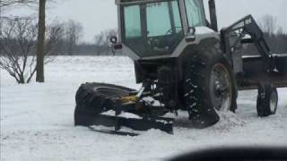 TRACTOR TROUBLE.wmv