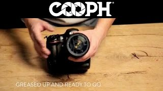 7 Simple Photography Hacks(Watch photographer Leo Rosas demonstrate 7 simple photography tips & tricks. Join the Cooperative of Photography: http://www.cooph.com Facebook: ..., 2014-05-05T09:22:16.000Z)