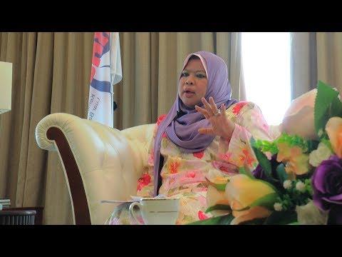My Minister series: Rina Harun
