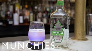 How to Make a Mood Ring Cocktail That Changes Color