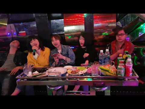 Chuyện như chưa bắt đầu karaoke by Nga Ngố ft Thảo Nokia