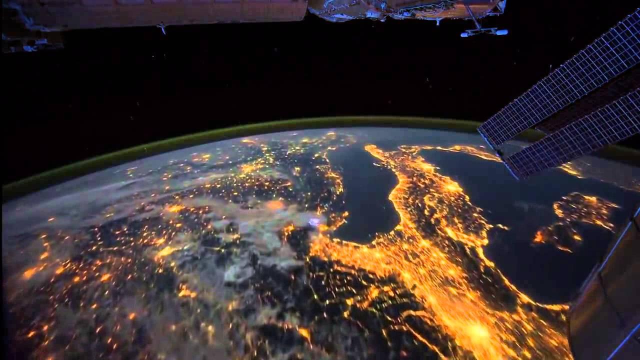 Iss Hd Wallpaper تصوير الارض بواسطة الاقمار الصناعية Youtube