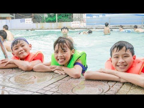 Kids Pretend Learn Swimming Backstroke & Kids go to Pool Survival Swim Skills