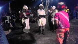 Rengu-Rengu(AINARENGU).Tarian asli mamboro