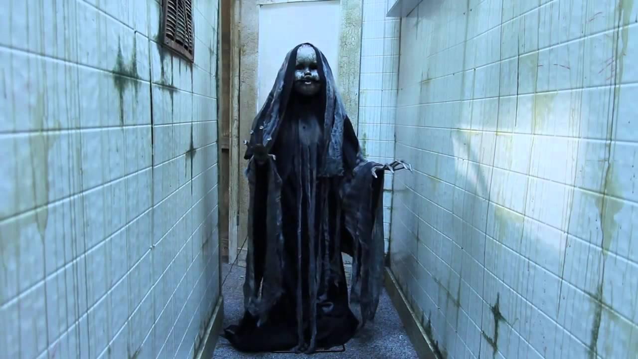 rising creeper animated halloween prop youtube - Halloween Prop