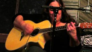 Joanna Connor Live from Kingston Mines Chicago 23 Oct 2013