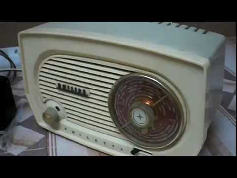 RADIO ANTIGUA PHILIPS MODELO BF102