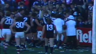 Robby Muir goes completely nuts - 1984 Round 6