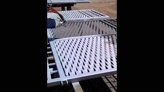 pieskovanie a metalizácia brány - zinkom